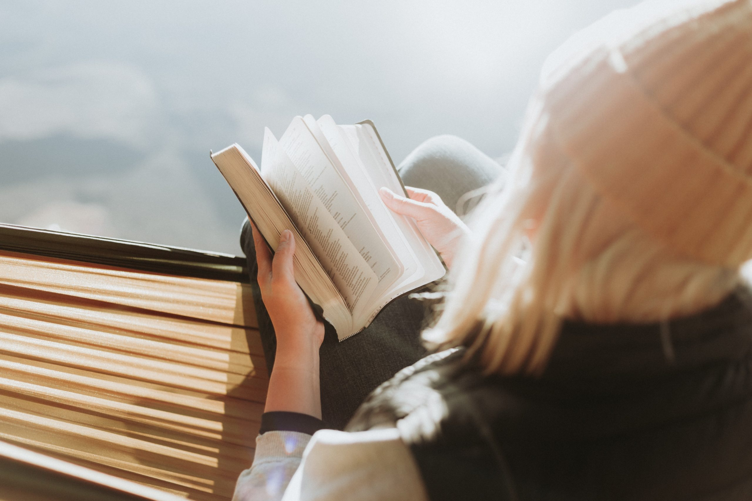 6 Reasons Christians Should Be Readers; Theology; Reading; Learning from others; inspiring stories
